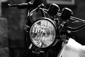 jakie światła rowerowe są obowiązkowe