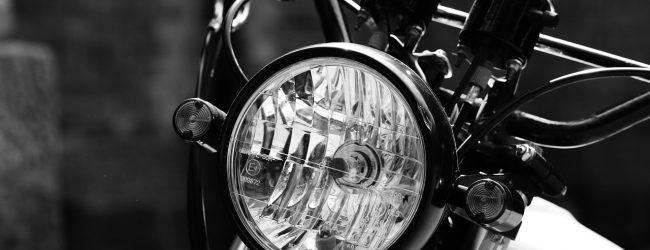 W jakie światła musi być wyposażony rower?