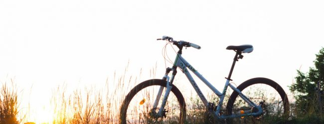 Bagażnik rowerowy na hak – absolutny must have każdego cyklisty!